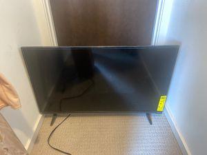 32 inch Vizio TV! for Sale in Seattle, WA