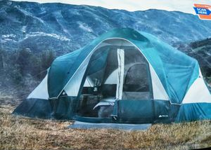 8 Person Camping Tent instant with 2 room separator, used only once for Sale in Norwalk, CT