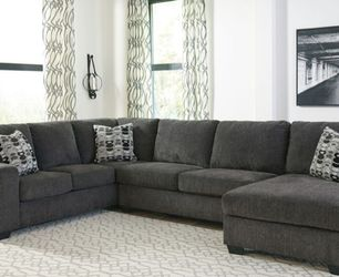 Signature Design by Ashley Ballinasloe-Smoke 3-Piece Sectional for Sale in Jersey City,  NJ
