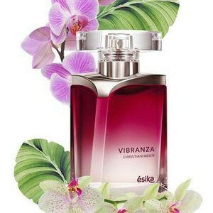 Perfumes De Esika Y Cysone Para Dama Y Caballero for Sale in Silver Spring, MD