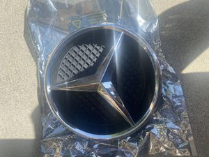 Mercedes Benz Car Front Grille Star Emblem for Sale in Artesia, CA