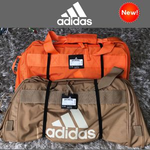 Adidas Santiago Duffel Bag for Sale in Los Angeles, CA