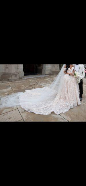 Wedding dress for Sale in Skokie, IL