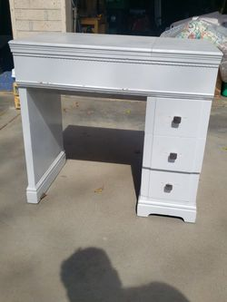 Desk For Sale Really Nice. New Knobs. for Sale in Fresno,  CA