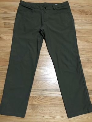 Lululemon ABC warpstream pants for Sale in Edmonds, WA