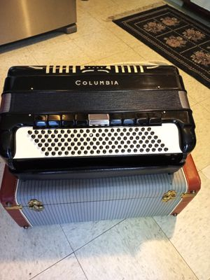 Accordion for Sale in Waterbury, CT