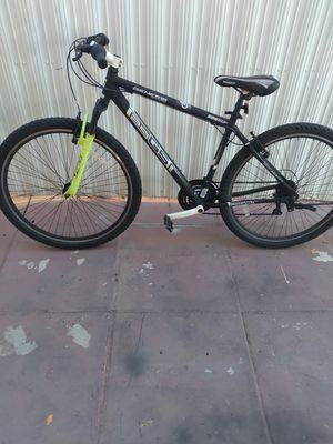 Bike marca Genesis for Sale in Miami, FL