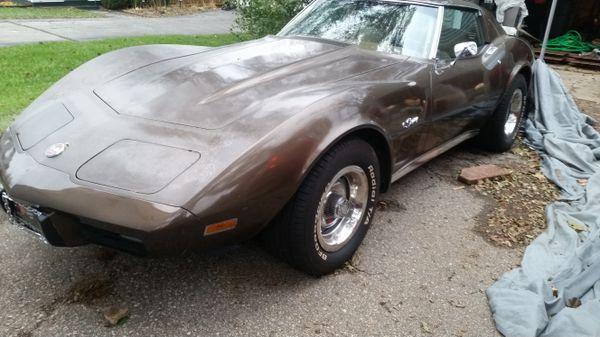1976 chevy corvette