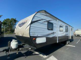 2018 Forest River Wildwood 31BHS Travel Trailer for Sale in Huntington Beach,  CA