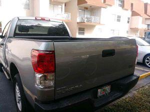 Toyota tundra 2011 for Sale in Hialeah, FL
