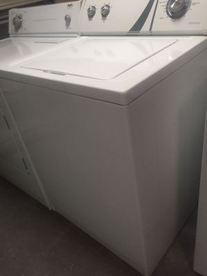 Washer & dryer electric Whirlpool XL capacity w/d set. Mint. for Sale in Lutz, FL