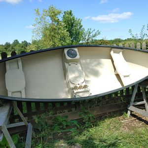 Canoe for Sale in Columbia, MO