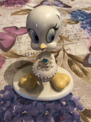 Lenox Tweety Bird December birthstone for Sale in Southampton Township, NJ