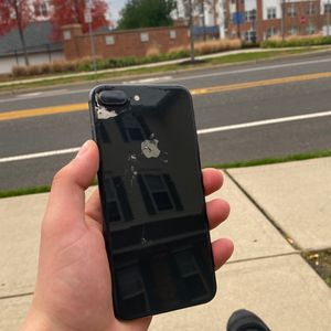 iPhone 7 Plus for Sale in Burlington, NJ