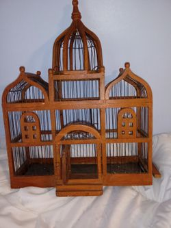 Large Antique Victorian Dome topped TAJ MAHAL Style Wood & Wire BIRD House CAGE for Sale in Buckhannon,  WV