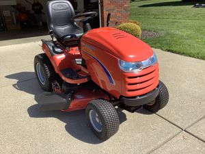 SIMPLICITY LAWN TRACTOR (NEW) for Sale in Saint CLAIRSVLE, OH