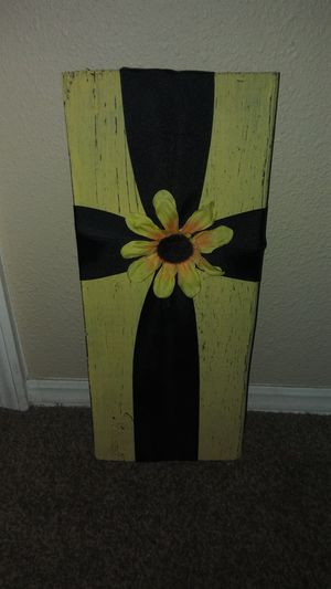 Handmade wooden rustic cross wallhanging for Sale in Valrico, FL