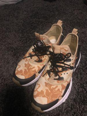 "Nike air Huarache ""Drift"" Camo Size 9 for Sale in Bloomington, IL"