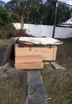 Jacuzzi for Sale in Pompano Beach, FL