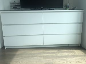Ikea Dresser FREE for Sale in Brooklyn, NY
