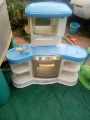Kid kitchen for Sale in March Air Reserve Base, CA