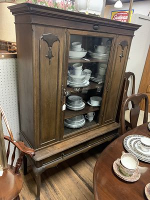 Antique Walnut China cabinet for Sale in Beaver Falls, PA