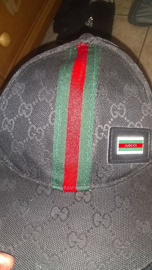 Gucci hat for Sale in Kissimmee, FL