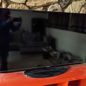 "46"" Smart TV for Sale in Kirkland, WA"