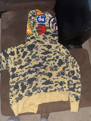 Bape hoodie size large for Sale in Germantown, MD