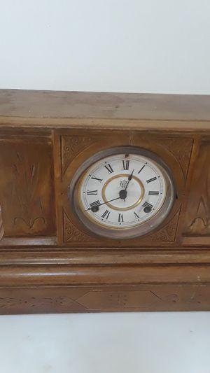 Westbury antique clock not working for Sale in Delray Beach, FL
