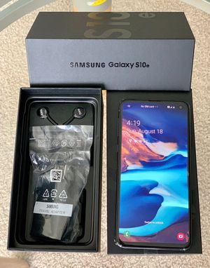 Samsung Galaxy S10E unlock 128GB like new with Samsung warranty for Sale in Glenview, IL
