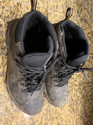 Columbia hiking boots men size 7.5 for Sale in Rockville, MD