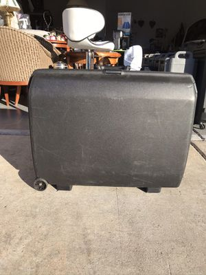 Black hard shell samsonite luggage with code lock for Sale in Las Vegas, NV