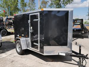 5 x 8 Enclosed Trailer for Sale in Fort Lauderdale, FL