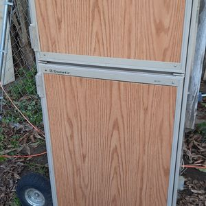 RV/Camp 3 Way Fridge. Gas, 12v, Or 120v for Sale in Oroville, CA