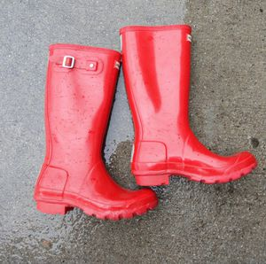 Red Hunter Rain Boots. Women's 6 for Sale in Quincy, MA