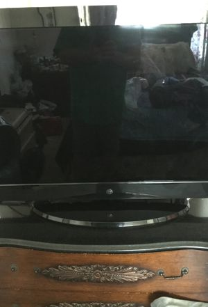 Westinghouse tv for Sale in Apple Valley, CA