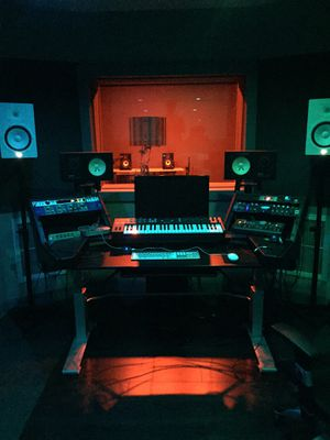 25$ an hour studio time for Sale in Pasadena, CA