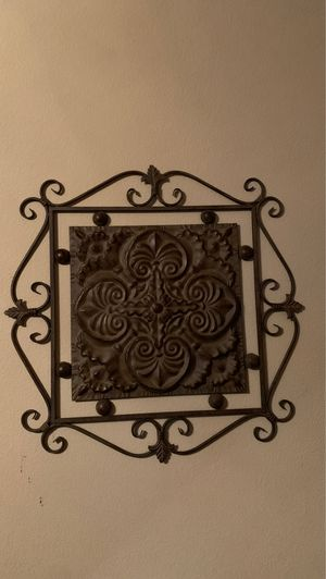 "Iron home decor 30""x30"" for Sale in Grapevine, TX"