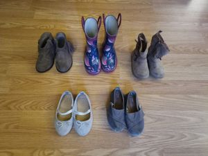 Girl's 6c Boots/Shoes for Sale in Tacoma, WA