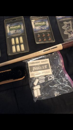 Pool Stick (36 inch Trouble Shooter and accessories) for Sale in Miami, FL