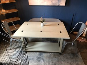 Small kitchen table for Sale in San Antonio, TX