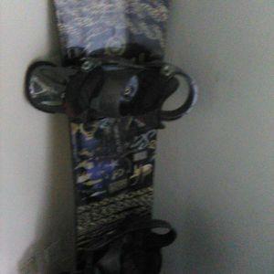 Burton Snowboard with Mission Burton Bindings for Sale in San Luis Obispo, CA