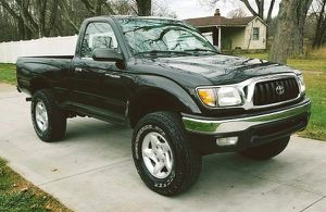 I'm selling my '01 Toyota Tacoma! for Sale in Austin, TX