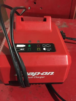 Snap on 3/8 cordless impact for Sale in Hayward, CA