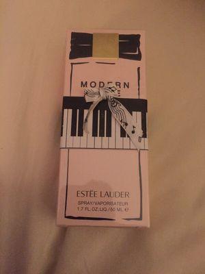 Brand new Estée Lauder Modern Muse for Sale in Pennington, NJ