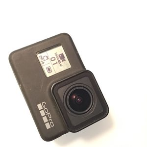 GoPro Hero 7 with Accessories for Sale in Miami, FL