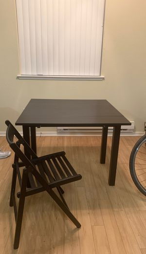 Kitchen /study Table and 4 chairs for Sale in Campbell, CA
