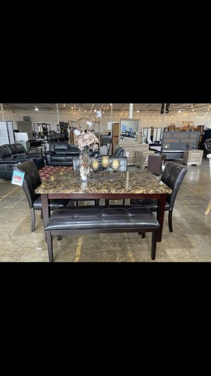New dining table set for Sale in Dallas, TX