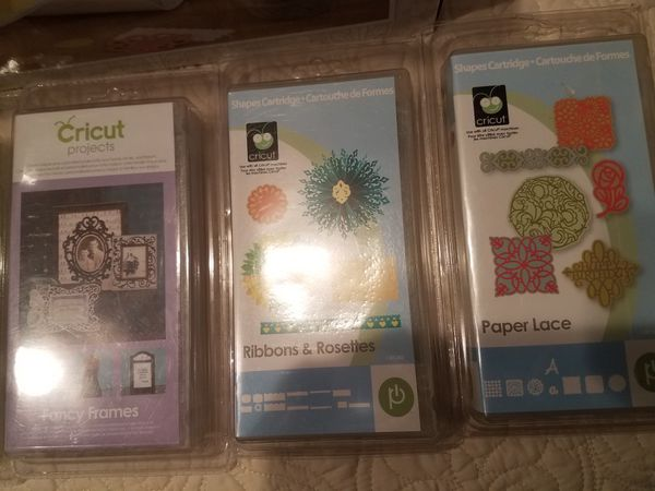 Cricut Expression 2 with 7 cartridges NEW